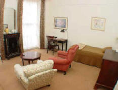 first floor self catering holiday studio near Baker St
